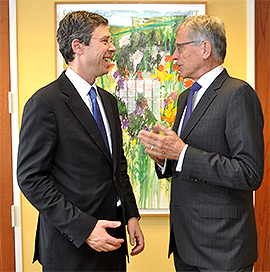 Chattanooga Mayor Andy Berke with FCC Chairman Tom Wheeler
